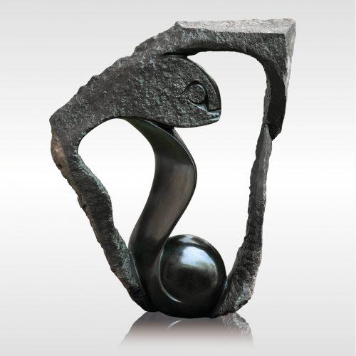 """Skulptur """"Hidden Beauty"""" von Rickson Zavare (Murehwa)"""