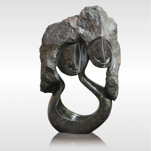 "Skulptur ""Siblings"" von Rickson Zavare"